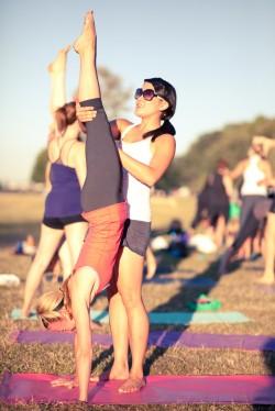 chris_chavez__spanish_banks_yoga_class__23-250x374